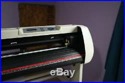 UScutter Model SC25 Vinyl cutter plotter with stand, extras, and software key