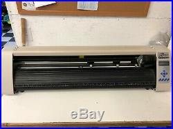 Vinyl Express R Series 31 Cutter NO software