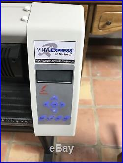 Vinyl Express R Series II Cutter With WinPCSIGN Basic software