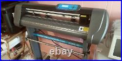 Vinyl Systems Edge 28 Contour Cutter with Cut Software